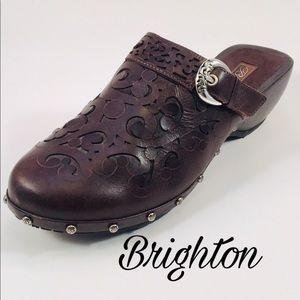 Brighton Brown Leather Clogs
